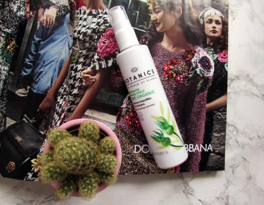 boots-botanics-100-organic-rosewater-toning-spritz-review-toner-rose-water