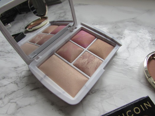 hourglass ambient lighting surreal light edit face palette