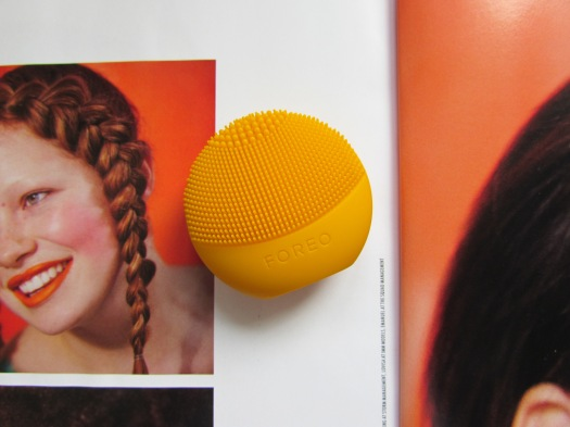 foreo luna play orange cleansing brush review