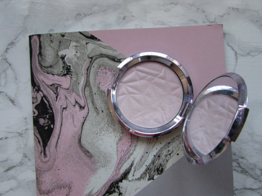 becca shimmering skin perfector pressed pristmatic amethyst review (3)