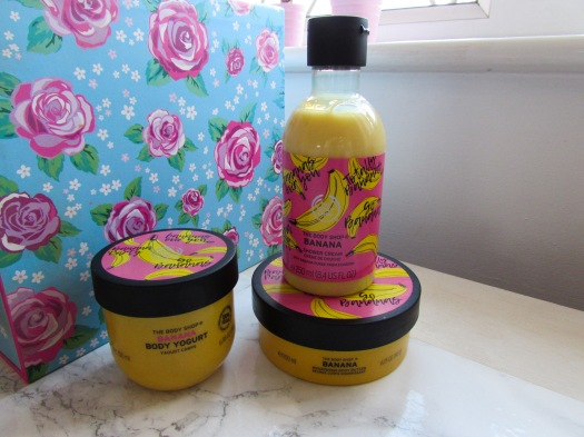 the body shop banana shower cream body butter body yogurt yoghurt review